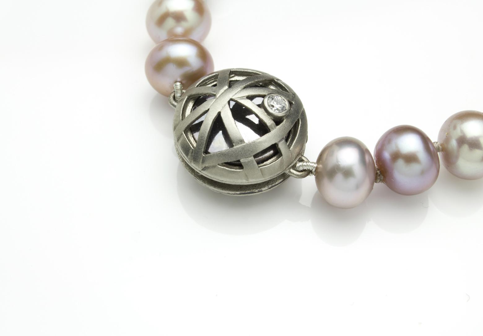 Palladium Pearls | Martyn Pugh - Goldsmith & Silversmith