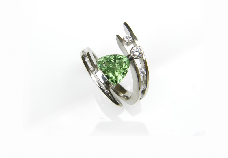 Juno Green Tourmaline Ring