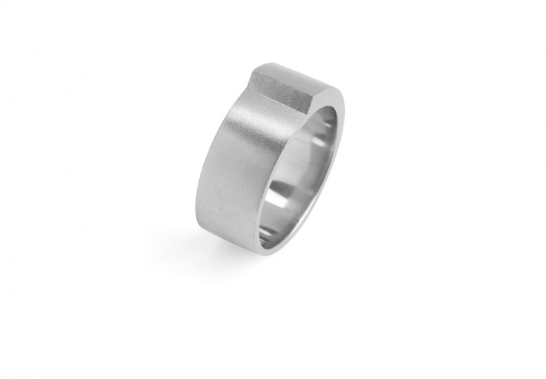 Step Wide Ring