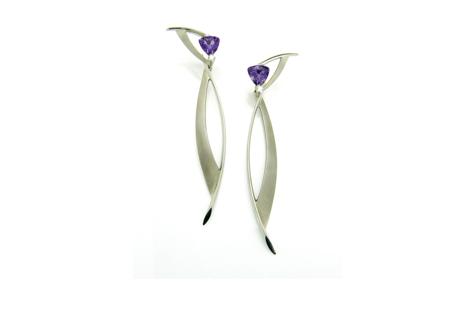 Juno Drop Earrings