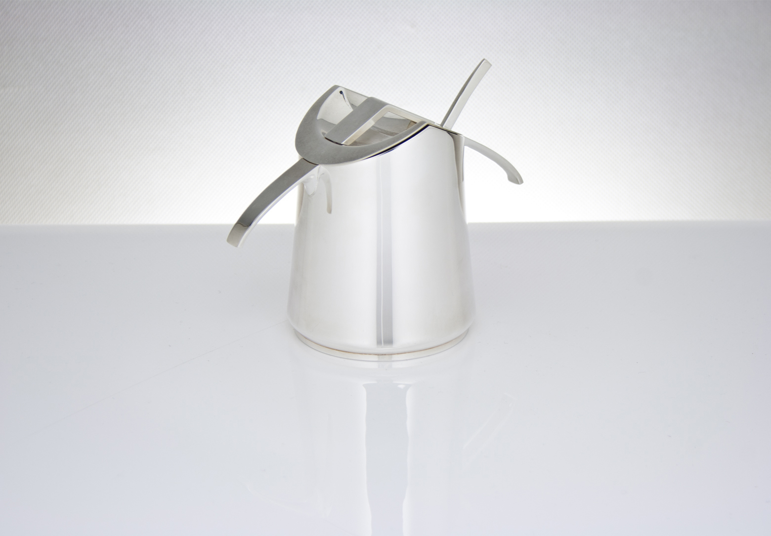 Linear Sugar Bowl