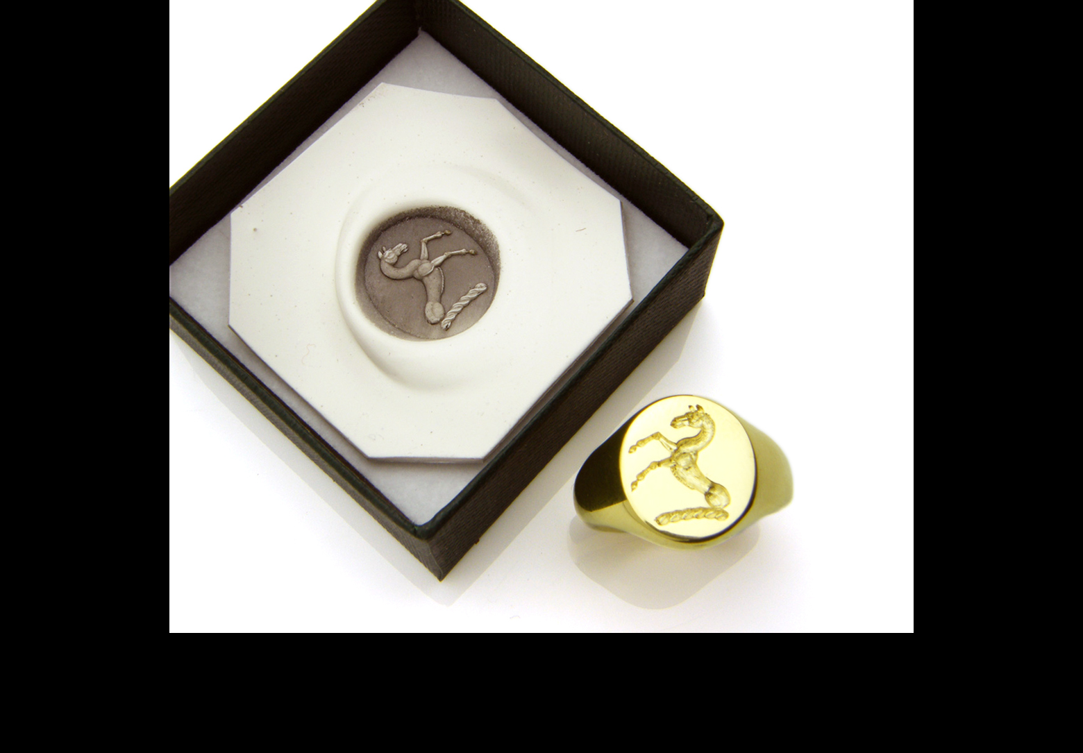 18ct Gold Signet Ring