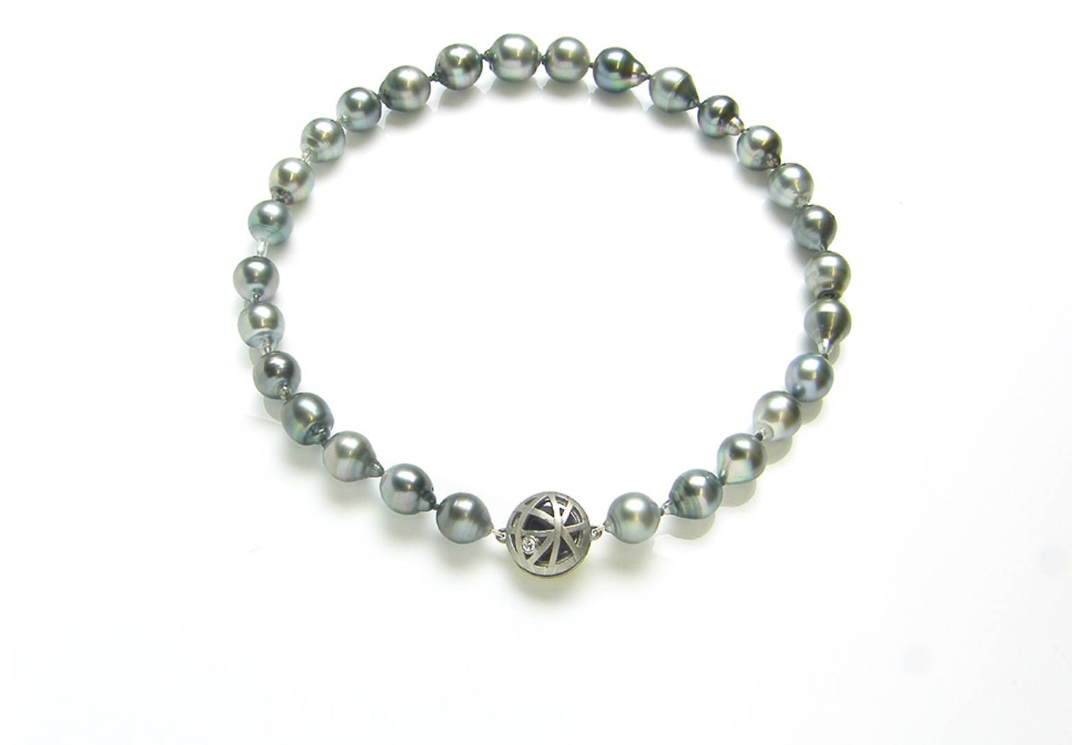 Orbit Tahitian Pearl Necklace